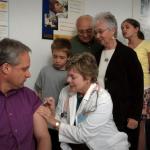 疫情燒市場行情,生技股大漲之下,你想率先來針疫苗嗎?