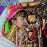 她們也是疫情受害者!觀光蕭條、收入驟減…泰北神秘長頸族婦女陷入困境