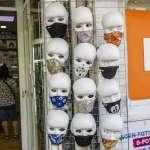 企鵝屍體內發現口罩......環保團體:拋棄式口罩淪生態殺手