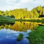別再去菜鳥觀光客景點人擠人!全台13個此生必去的絕美湖泊,每個都美得超療癒
