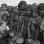 軍人當街凌辱女人、全村餓到為死動物打架!一位柬埔寨5歲女孩的故事 揭紅色高棉大屠殺內幕