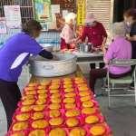 王惠美訪視彰縣社區照顧關懷據點 送蕃薯為長輩加菜