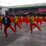 囚犯被迫學舞、長年見不到家人…Netflix紀錄片《微笑監獄》揭露菲國監獄內的黑暗秘辛