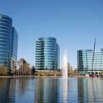 300字讀電子報》去年才簽20年長約掛名贊助巨人隊,甲骨文突然神密地搬離矽谷,到底原因為何?