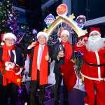 網美拍照打卡新景點  中信金融園區敲響耶誕平安鐘