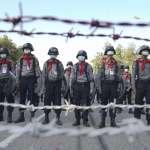 緬甸現場:千人上街抗議政變 軍政府「全國斷網」封殺人民聲音!