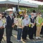 高雄旗津勞動女性紀念公園春祭 副祕書長張家興代表向勞動姊妹致敬