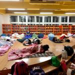 響應世界閱讀日 50名學童夜宿南投圖書館與書共眠