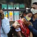 印度富豪的失敗:為何新冠疫情重創富裕階級?這一次,錢與特權也買不到醫療