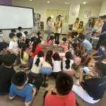 結合新課程課綱 嶺東高中學生在春安國小引導小朋友了解在地文化