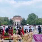 賈選凝專欄:清華熱舞說明了中國崛起但審美觀沒跟著起