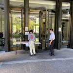 高市社區防疫加嚴 大樓設置「集中取物區」外送員不進入社區