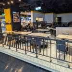 微解封》餐飲業鬆綁懶人包:大賣場美食街維持外帶、超商熱食區販售措施一次看