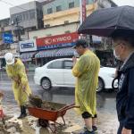 鳳林四路81期重劃旁積水 地政局立即派員清疏導流
