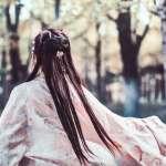 少女踩踏巨人腳印竟然離奇懷孕?她狠心棄嬰卻出現神蹟,一舉影響中國數千年歷史