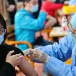 把新冠病毒當普通流感對待?!學習與疫情共處:BBC看新加坡的抗疫新政