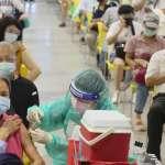 第二劑疫苗何時打?指揮中心:AZ隔10周可登記接種,莫德納僅3類人能打