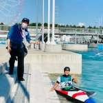 8台空氣清淨機支援射擊、羽球隊 謝長廷親赴場地為輕艇選手加油