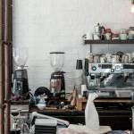 想開咖啡店,義式咖啡機絕不能少?達人揭關鍵原因,加碼教你選出最適合的咖啡用具,少花冤枉錢