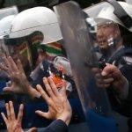 鎮暴警察制服需有顯著編號 民進黨擬修法