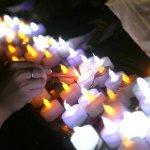 燭光照亮江子翠 為往生者致哀