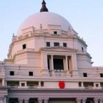 縣法院蓋成國會山莊 被罵權力慾作祟