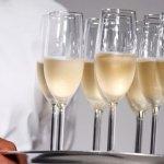 歐洲景氣低迷 香檳銷量連年下滑