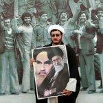 風中物語:從鐵面到冷面 伊朗走過革命35年