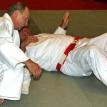 風中物語:不要忘了 普京是學柔道的!
