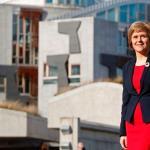 蘇格蘭首位女性領導人 史特金爭取權力下放