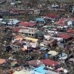 恐怖颱風海燕穿心 菲國中部成煉獄