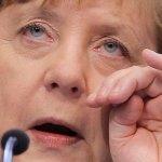 再傳滑雪意外 德國總理梅克爾摔傷