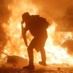 烏克蘭政爭惡化 基輔街頭大亂鬥