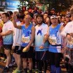 7萬港人馬拉松  藍絲帶爭新聞自由