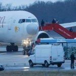 衣航班機被劫持 嫌犯竟是副機長!