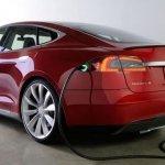 電動車不夠賺 Tesla看好電池產業
