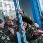 克里米亞部隊 佔領烏克蘭海軍總部