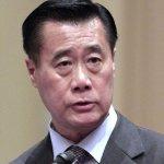 加州華裔領袖余胤良 遭FBI逮捕