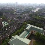 佔領人潮超過預期 現場宣布超過50萬人