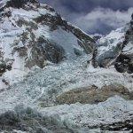 聖母峰大雪崩 12名雪巴人遇難
