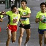 路跑賽兩度被揍 西安男子照拿亞軍
