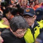 「交通部踐踏我」 國道收費員抗議爆衝突