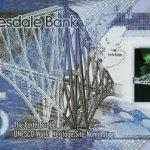 蘇格蘭一家銀行發行首批五英鎊塑膠鈔票