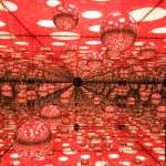 靠畫圖擺脫精神疾病折磨》日本「圓點女王」草間彌生回顧展 一次看見70年的藝術結晶
