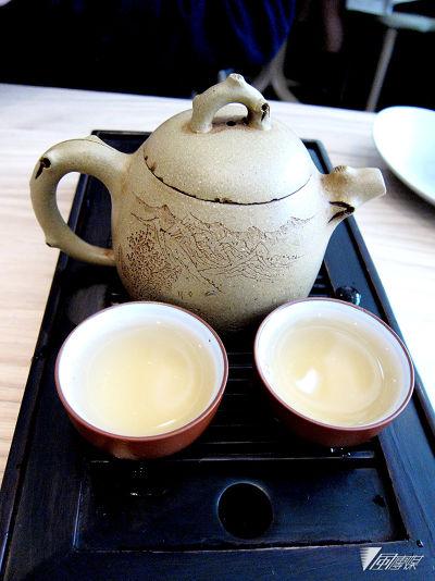 在Yam'Tcha 可以品嘗到各種不同的中國茗茶