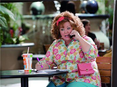 梅莉莎麥卡錫在《竊資達人》中,角色形象鮮明,不計形象演出獲得讚賞。(取自 yes電影)