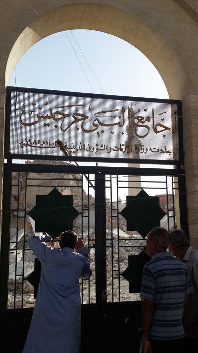 伊斯蘭國暴徒破壞文化遺址,連自家伊斯蘭教的清真寺也不放過(美聯社)