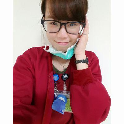 陳綠透過搞笑的自拍影片訴說護理人員辛勞,受到不少網友喜愛。圖/取自陳綠@Facebook