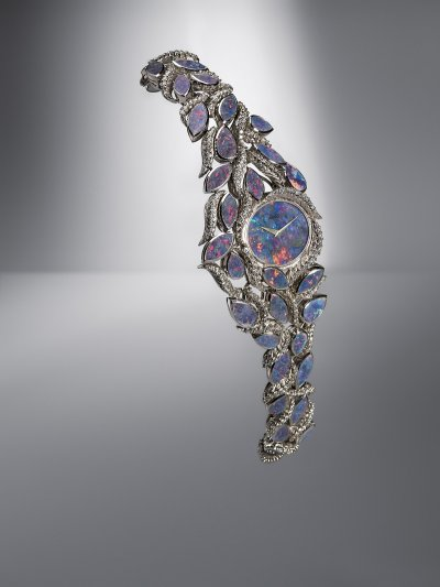 PIAGET勇於探索輝煌年代,融合專業製錶與珠寶設計,將其推至嶄新的境界。(圖/PIAGET提供)