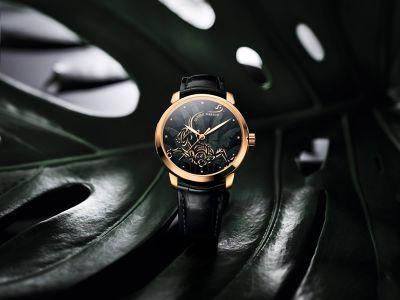 鎏金靈猴琺瑯腕錶,以猴兒俏皮生動的姿態迎接配每次注目。(圖/瑞士雅典錶提供)